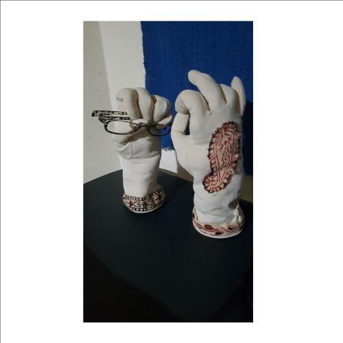 Gloves%202